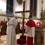Bp Galbas w Wielki Piątek: Krzyż to logo miłości